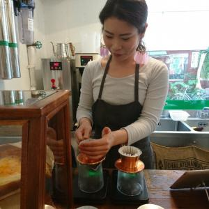 東京都新宿区 FEEL THE COFFEE WITH ALL SEASONS 4/4 SEASONS COFFEE