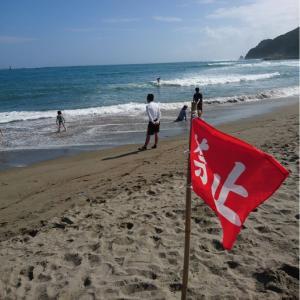 千葉県鴨川市 内浦海水浴場 遊泳禁止のサーフライド