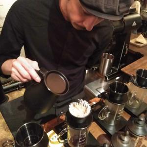 東京都千代田区 小坂田 祐哉氏がいた頃のGLITCH COFFEE ROASTERS