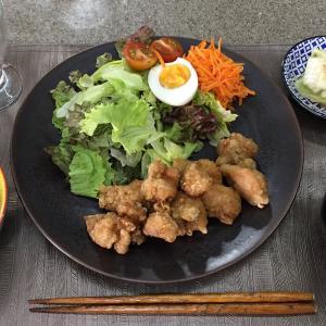 今日ご飯なにしよう。
