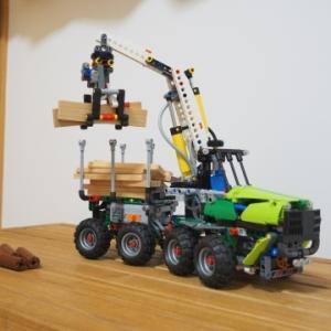 ★大型農機レゴ・Bモデルは森林フォワーダー~LEGO 42080 ニューマチックシステム&パワーファンクション