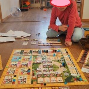 ★「我が家に合う」ボードゲームが欲しい!~BGGランキング200件から3件を厳選:GWT、キングドミノ、電力会社