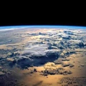 ↓  【神人靈媒日記 2021.1.26】  〜指導靈との対話/世界の動向について