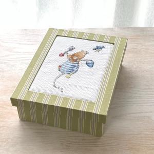 蓋が刺繍の箱、ブック型長方形の箱