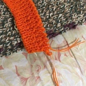 誰かさんのけネクタイよりオレンジ色