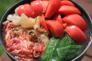トマトとピーマンのすき焼き