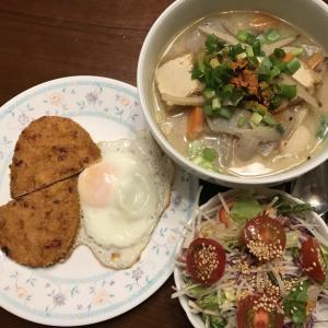 トン汁と魚かつエッグ