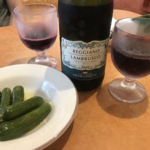サイゼリアでワインがぶ飲み!!@日曜の遅いランチ