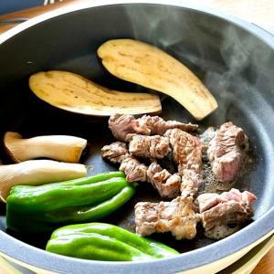 キャンプ飯 @山ごはん(肉と野菜とワインとワタシ)