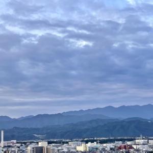 おはよう丹沢★雲の多い空