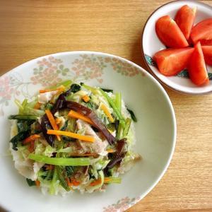 生キクラゲがメイン(笑) 中華丼 ランチ。