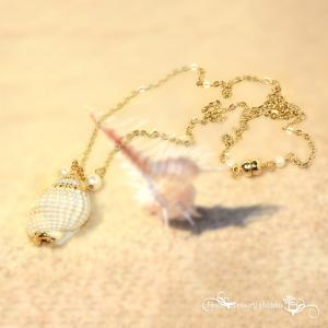 貝殻チェーンネックレス