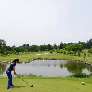 今日は、ゴルフからのキャンプです!
