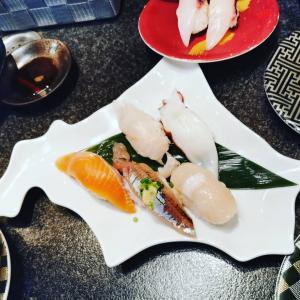 今日から北海道旅行です!美味しいもの食べたよー。