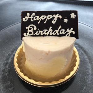 HAPPY BIRTHDAY hydeさん