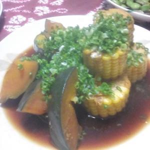 トウモロコシとカボチャの、煮物。