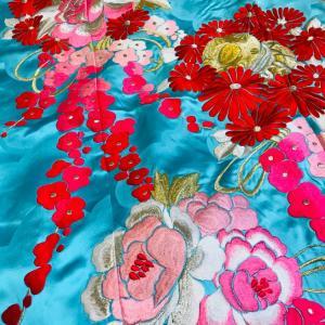 花魁風やお姫様アレンジ着付けに 水色の引振り袖