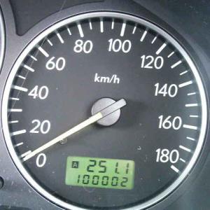 名車 十万キロ突破!
