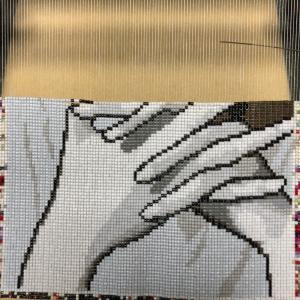 米津玄師の指、口、鼻〜ビーズ織り途中②