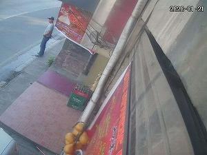 カメラがとらえた泥棒。
