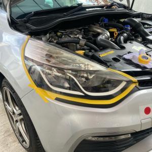ルーテシア4 RS ヘッドライト黄ばみ取り磨き 86487km
