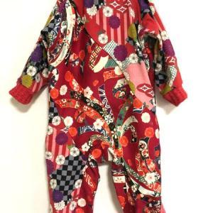 女の子ベビー服 和柄カバーオールを出産祝いに 赤桃