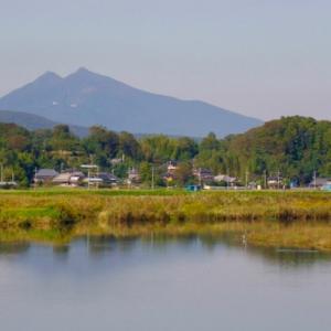 新 緑仙の日々是好日(筑波山を反対側から見る)