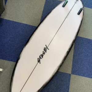サーフィンの楽しさを何倍にも!STACEY「BULLET TWIN」