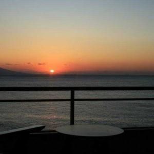 熱川館から見える初日の出ではこんな感じです!