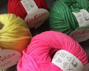 時には、試し編みも必要(…だけど、面倒くさいという気持ちとの戦い←)