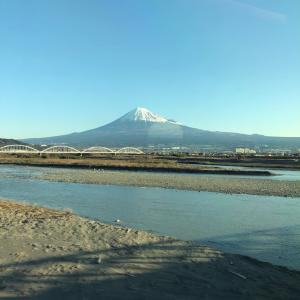 新幹線からの富士山!