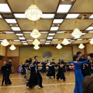 ダンスパーティー