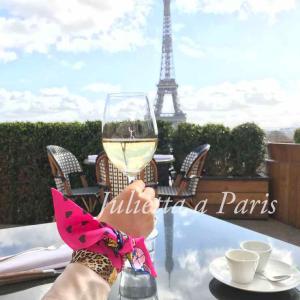 No.60 パリが好き!エッフェル塔が見えるカフェレストランで素敵なランチタイム♪ブログ