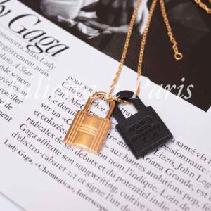 HERMESエルメスのネックレス・オーケリー2020年新カラー販売開始♪パリ ブログ