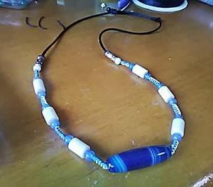 青い瑪瑙のネックレス