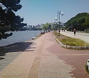 大濠公園と能古島