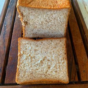 ⭐️ライ麦角型食パン・富澤商店さんでご紹介していただいてます。