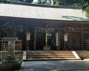 男神社の拝殿(本殿)など