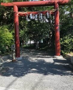 大阪府泉南市に鎮座する男神社の参道など