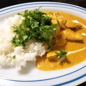 鶏むね肉と野菜で作るココナッツカレー