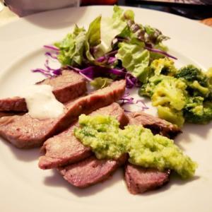 Tritip Steak プレート & サンドイッチ