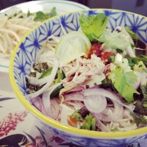 今日は急に1:30p.m. の「素麺でベトナム風ヌードル」