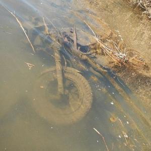 無くならない川の不法投棄・その理由