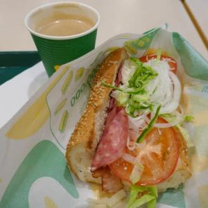 野菜もりもりのサンドイッチの朝ごパンは初心者なので☆SUBWAY☆ソリオ宝塚♪