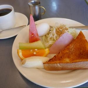 フルーツたっぷりモーニングの1日のスタートは爽やかに☆まる吾☆堺市堺区♪