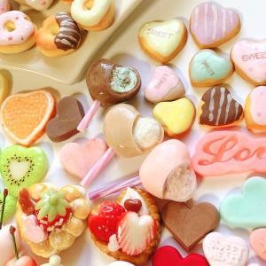 できました!ハッピーバレンタイン!ハートのお菓子がてんこ盛り〜