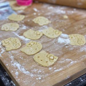 イタリアンシェフ見習い、クッキーを焼く。