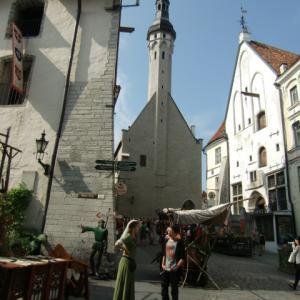 タリンは 古きよきドイツの町並み