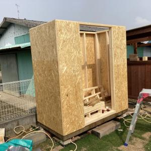 DIYで物置小屋を作ってみる #3 [屋根編]