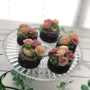 募集♪ミニバラ+お花もう一種類のフラワーカップケーキレッスン